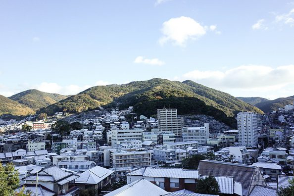 長崎に降る雪