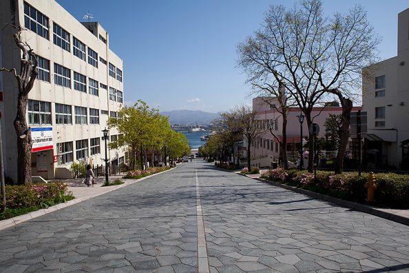 八幡坂にて - 函館の町歩き